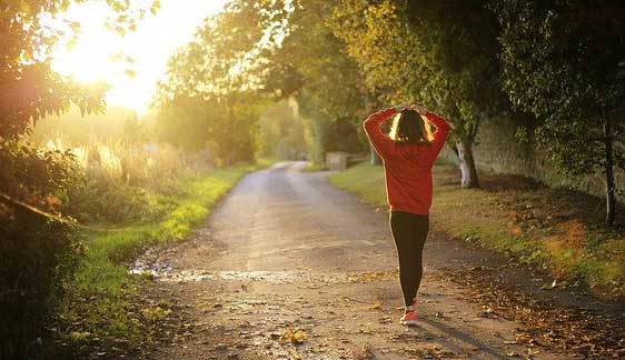 girl taking walking breaks